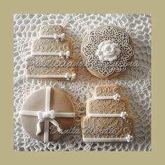 Cookies decorated - Wedding cookies - Biscotti decorati - Biscotti Matrimonio - Beige