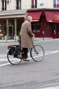 Well said > 'Proof that just because you're riding a bike, you don't have to look like a bike courier, or like you're in the tour de france. dapper gent. you also don't have to be young. :)'