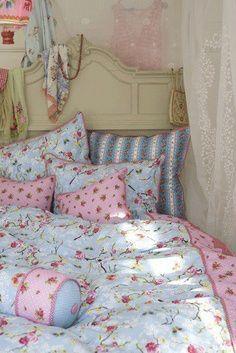 30 Shabby Chic Bedroom
