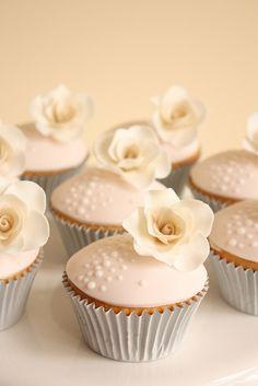 Vintage Rose Cupcakes #cupcake #rose