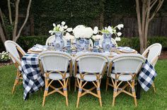 blue + white dinner al fresco