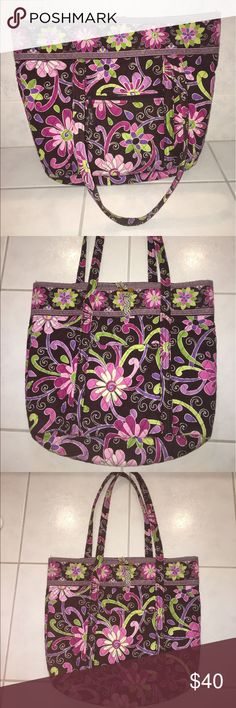 Vera Bradley Purple Punch Large Tote Vera Bradley Purple Punch Large Tote💓 in EXCELLENT condition💓 does not have the cardboard for the bottom of the bag💗Large Tote with multiple pockets💗 Vera Bradley Bags Totes