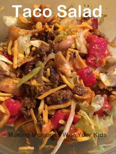 Taco Salad with Fritos. I used Chipotle Ranch dressing instead of Catalina dressing. Frito Taco Salad, Taco Salad Recipes, Taco Salads, Taco Salad With Fritos, Taco Salad Dip, Mexican Salads, Mexican Dishes, Mexican Food Recipes, Dinner Recipes