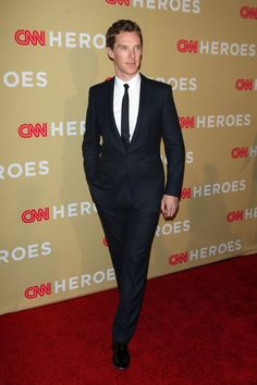 high res Benedict Cumberbatch attends the 2014 CNN Heroes: An All Star Tribute at American Museum of Natural History on November 18, 2014 in New York City