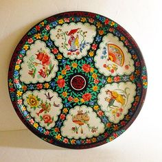 【treasuresfromthee_social_hour】さんのInstagramをピンしています。 《 Sooooo pretty! Large Round Daher Decorated WARE Tray made in England 16.5 diameter, 1 inch depth in great condition. Minimal paint loss and wear. Large enough for say appetizers and dip or vegetable platter, perfume bottles and trinket dishes.. Endless possibilities   $22.00 +SH  #cherryblossoms #orientaldecor #vintage #vintagetray #display #vintagedecor #daher #DaherWare #vintageDaher #tins #metaltrays #vintageTrays #weddinggifts…