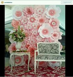 Discover thousands of images about Paper Flower Backdrop Paper Flower Wall Paper by MioGallery Large Paper Flowers, Paper Flower Wall, Giant Paper Flowers, Big Flowers, Fabric Flowers, Blush Flowers, Diy Paper, Paper Crafts, Paper Flower Backdrop Wedding