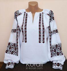 Folk Fashion, Ethnic Fashion, Womens Fashion, Embroidered Clothes, Embroidered Blouse, Polish Embroidery, Ukrainian Dress, Long Blouse, Designing Women