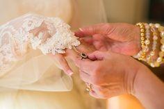 Nashville Wedding #nashville #wedding #bride #photo #photogrpaher #somethingblue #motherofgroom