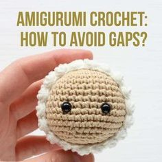 Have you ever been crocheting a super cute amigurumi doll and gotten frustrated by the gaps that form between stitches? Learn how some crochet artists get their amigurumi to look neat and professional!