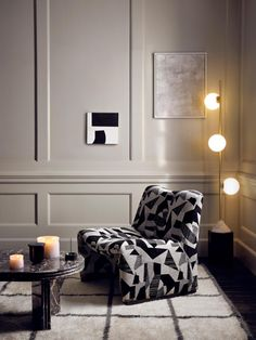 Ludlow House, Soho House Berlin, Dining Table Price, Dining Area, Dining Chairs, Black And White Chair, Black And White Interior, Black White, Country Interior