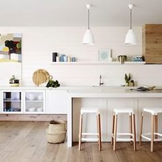 kitchen #regram #duluxpaints @duluxaus #whitekitchen #styling #interiorsme #ime #interiors #interiordesign #design #whiteonwhite #kitchendesign #designer #oakfloors