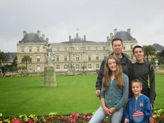Scavenger Hunt through Luxembourg Gardens