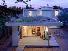 2 Bar Green Roof, rooftop garden | Design: Feldman Architecture, Inc., San Francisco, CA | Photo: Joe Fletcher