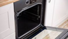 Stacked Washer Dryer, Washer And Dryer, Wall Oven, Kitchen Appliances, Grande, Videos, Cleaning, Vestidos, Oven Cleaning