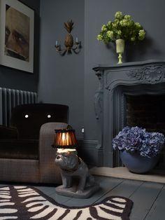 Dark Moody Interiors by Abigail Ahern - Interior Designer Animal Lamp, Home And Living, Living Room, Interior And Exterior, Interior Design, Dark Walls, Dark Interiors, Design Case, Cool Furniture