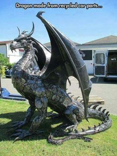 Funny pictures about Metal Dragon Sculpture. Oh, and cool pics about Metal Dragon Sculpture. Also, Metal Dragon Sculpture photos. Fantasy Creatures, Mythical Creatures, Dragon Medieval, Dragons, Sculpture Metal, Sculpture Ideas, Art Sculptures, Garden Sculpture, Garden Statues