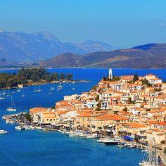 Like other ports in the Saronic, it is a popular weekend destination for Athenian travellers.  Via bissias-poros.gr #poros #greece #hellas #levcas #saronic #attica #leucas #secreteurope #europetrip #roadtrippin #road #europe #secreteurope #lonelyplanet #roadtrip #beautifuldestinations #worldplaces