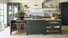 Period Living PeriodLivingMag Easy ways to design a stylish kitchen on a budget Modern Kitchen Cabinets, Home Kitchens, Kitchen Remodel, Kitchen Design, Kitchen Decor, Modern Kitchen, Stylish Kitchen, Kitchen Interior, Kitchen Worktop