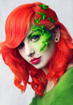Poison Ivy Makeup this is freaking awesome.