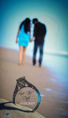 New wedding photography props ring shots ideas - Fotografie - Ringe Indian Wedding Couple Photography, Wedding Couple Poses Photography, Wedding Couple Photos, Wedding Photography And Videography, Pre Wedding Poses, Pre Wedding Shoot Ideas, Pre Wedding Photoshoot, Photoshoot Ideas, Photo Couple
