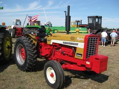 Might be Greene next time - or skip and go to Allis/Case or trucks? Case Tractors, Farmall Tractors, International Tractors, International Harvester, Tractor Pictures, Tractor Pulling, Red Tractor, Agriculture, Farming