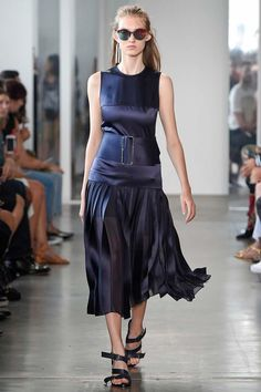 Dion Lee Spring 2017 Ready-to-Wear Fashion Show - Lisa Helene Kramer