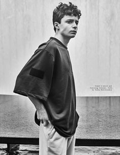Atelier Management - News - Grooming by Matthew Tuozzoli for Visual Tales with Lucas Jade Zumann Gilbert Blythe, Anne Shirley, Beautiful Boys, Pretty Boys, Jade, Gilbert And Anne, Amybeth Mcnulty, Anne White, Future Boyfriend