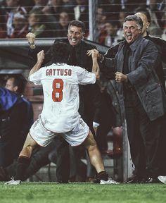 Retro Football, Sport Football, Gennaro Gattuso, Milan Wallpaper, Ronaldo Football, Carlo Ancelotti, Football Photos, Soccer Stars, Victoria Justice
