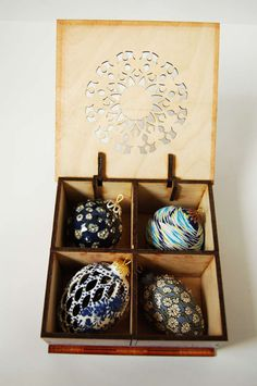 Hand-painted Christmas gift set of 4 ceramic by SunSilkFlowers