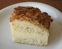 """Bee Sting"" Cake, or Beinenstich Kuchen.  A traditional German yeast-based cake with cream filling.  ka"
