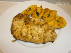 Morčacie prsia naložené v pikantnej marináde (fotorecept) - Recept Pesto, Baked Potato, Potatoes, Chicken, Baking, Ethnic Recipes, Food, Craft, Creative Crafts
