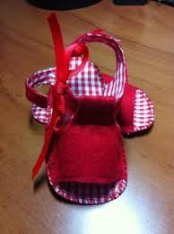 Resultado de imagen para como armar sandalias para bebe de tela