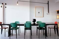 Jean Prouve furniture in dining room Vitra Chair, Swivel Chair, Jean Prouve, Interior Architecture, Interior Design, French Interior, Design Design, Modern Design, Vintage Chairs