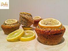 I MUFFIN AL LIMONE E SEMI DI PAPAVERO SENZA BURRO sono dei soffici leggeri e golosi #muffin al #limone arricchiti da semi di #papavero. Un dolce #senzauova e #senzaburro adatto anche agli intolleranti oltre a chi vuole restare in forma con gusto! Ecco la #ricetta del #dolce http://www.dolcisenzaburro.it/recipe-items/muffin-al-limone-e-semi-di-papavero-senza-burro/ #dolcisenzaburro healthy and light desserts cakes sweets