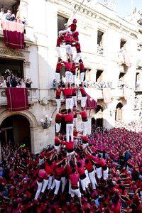La colla Joves de Valls se impone en una espectacular 'diada' de Santa Úrsula
