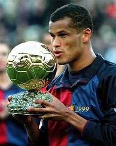 Rivaldo, ex Barcelona player Football Icon, Football Drills, Football Art, World Football, Fc Barcelona, Barcelona Players, Barcelona Futbol Club, Ballon D'or, Football Transfers
