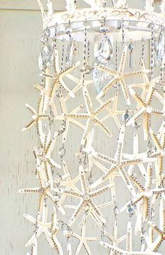 Starfish Chandelier Face | Lighting & Decor Blog | http://debisdesigndiary.com/starfish-chandelier-tutorial/ Diy Home Decor, Beach House Decor, Coastal Decor, Coastal Homes, Coastal Living, Seaside Decor, Modern Coastal, Coastal Rugs, Coastal Bedding