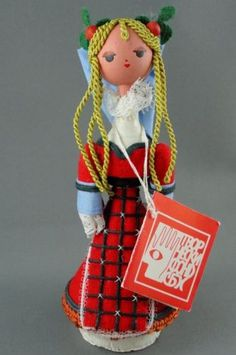 Figurine Wooden Doll Holiday Souvenir Sofia Art Gallery Bulgaria Ethnic Costume