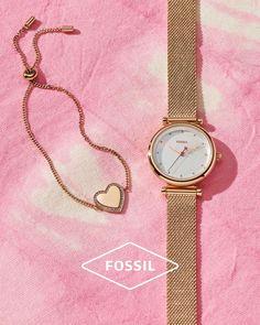 Τα πιο όμορφα accessories πάντα μας φτιάχνουν τη διάθεση!  Ανακάλυψέ τη συλλογή Fossil στο horologium.gr 🚚Άμεσα διαθέσιμα/ΔΩΡΕΑΝ μεταφορικά 💳Έως 12 ΑΤΟΚΕΣ Δόσεις Fossil Watches, Accessories, Women, Jewelry Accessories, Woman