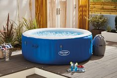 Introducing the impressive inflatable Lay-Z-Spa Havana hot tub from Bestway. Choose the Lay-Z-Spa collection for superior luxury, relaxation, comfort and portability. Usable both indoors and outdoors, you can set up this exceptional spa with ease - no professional installation or even tools required!