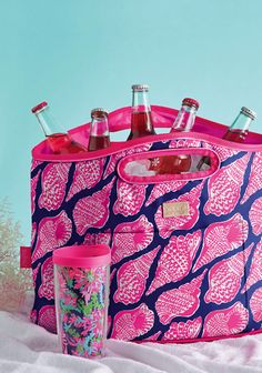 Gorgeous Lilly Pulitzer insulated tote bag - gift with purchase