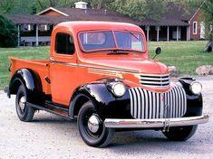 La antigua pick up Chevrolet 1941 1946 Chevy Truck, Classic Chevy Trucks, Chevrolet Trucks, Classic Cars, Lifted Chevy, Chevrolet Silverado, American Pickup Trucks, Vintage Pickup Trucks, Antique Trucks