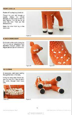 How to fasten off closed crochet projects Diy Crochet Patterns, Crochet Doll Pattern, Amigurumi Patterns, Crochet Projects, Crochet Deer, Crochet Toys, Crochet Brooch, Knit Basket, Yarn Tail