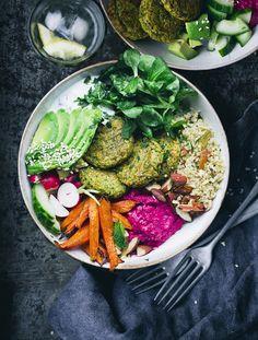 Pea falafel bowl 3