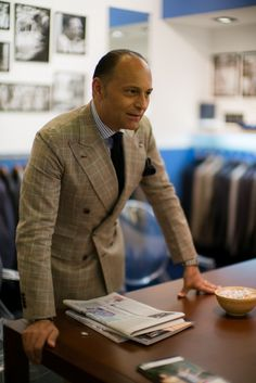 Orazio Luciano: expanding Neapolitan tailoring