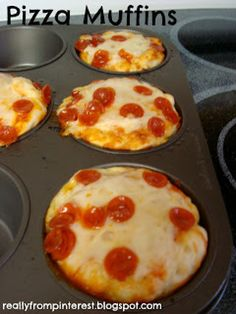 """Cupcake Pizzas-better than pizza bites! Pillsbury Refrigerated Pizza Dough Pizza Sauce Shredded Cheese Pepperoni Cupcake Tin (I used a muffin tin so the pizzas were bigger) """"Burnt them a bit but still delicious! Totally making this again! Think Food, I Love Food, Food For Thought, Good Food, Yummy Food, Tasty, Yummy Lunch, Fun Food, Delicious Recipes"""