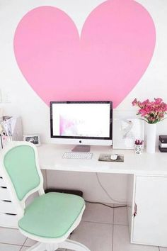 cool workspace for a teen Visit www.thatdiary.com for guide + advice on #lifestyle