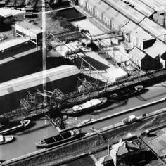 Wiggins, Teape and Co Paper Mills, Dartford, 1948. This image was marked by Aerofilms Ltd for photo editing. | Britain from Above