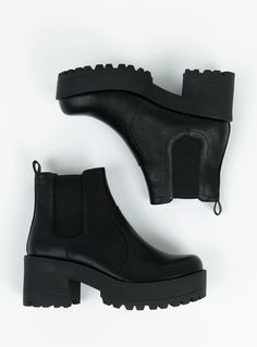 Black Boots Outfit, Chelsea Boots Outfit, Black Chelsea Boots, Platform Chelsea Boots, Black Platform Boots, Black Ankle Boots, Chunky Heel Ankle Boots, Dr Shoes, Swag Shoes