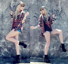 Renner Hat, Chilli Beans Sunglasses, Mentacafé Shirt, Love.D T Shirt, H&M Necklace, Love Luxo Shorts, Sammy Dress Lita Shoes